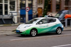 Image number 2 - Should your company consider using Electric Vehicles? - Green Ways 2Go